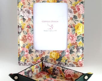 Leather Valet Tray & Photo frame / Floral Fancy / key tray / Personalized Gift / initials / Anniversary gift /Home Decor / Special Offer