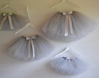 Girls tutu, Flower Girl knee length Silver Grey tutu skirt, ballet tutu, tutu skirt, baby tutu, tulle skirt, tulle tutu, flower girl dress