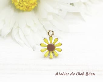 Flower Charm, Gold Plated Yellow Enamel Flower Charm, Sunflower Charm, Flower Pendant, Sunflower Pendant, Yellow Flower Charm