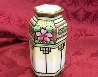 Small Antique Art Deco Vase Hexagonal Nippon Han Painted Bud T.S. Vase / Red Mark / Pastel Flower and Gold
