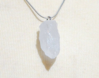 Raw Quartz Pendulum Necklace for Healing Reiki Jewelry/ Boho Chic Jewelry