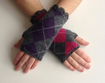 Upcycled Cashmere Fingerless Gloves - Made From Recycled Cashmere Sweaters - Cashmere Handwarmers - Argyle Upcycled Gloves - Small