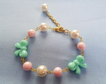 Lolita Gold Mint and Pink Bracelet Pastel Bow and Pearls Metal Clasp Harajuku J-Fashion Fairy Kei Beaded