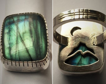 """Sterling Silver & Flashy Labradorite Statement Ring - """"Midnight in the Mountains"""", Size US 7"""