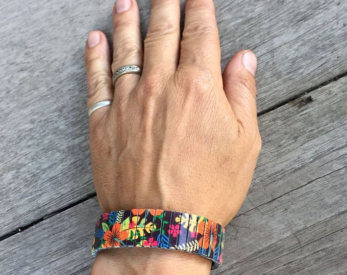 Flexible steel bracelet, Hibiscus, Hawaiian, Stretch Bracelet, Repurpose Watch Band, Sublimation, Stainless Steel, gift for friends