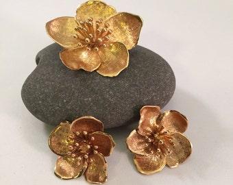 Lovely 14K Golden Flower Set