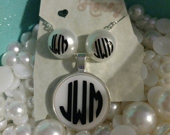 Monogrammed necklace and earring set