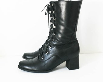 Black combat boots - Naturalizer lace and hook combat boots size 6M - Black leather combat boots - Goth boots - Women's rocker boots