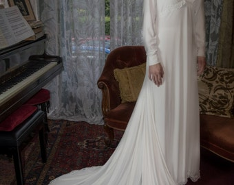 Abigail 1960s Vintage Wedding Dress