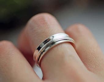 Sterling silver spinner ring - Spinner ring - Meditation ring - Fidget Ring