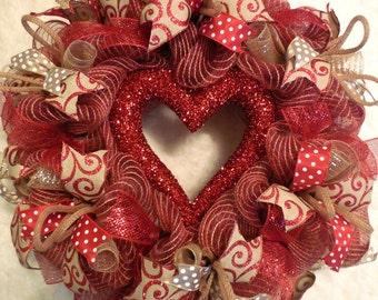 Valentine Wreath /Valentines Wreath / Valentines Day Wreath / Valentines Wreaths/Valenitne Wreaths/Red Valentine/Heart Wreath