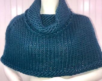 Knit Reverse Edged caplet