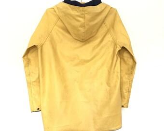 Vintage Yellow Raincoat//1980s