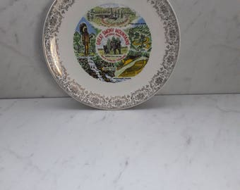 1960's North Carolina/Tennessee Great Smoky Mountains Collectible Souvenir Plate