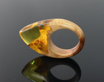 Resin Ring, Yellow Ring. Wood Ring, Wood and Resin Ring. Unique gift, Birthday gift for her. Statement Ring. Made to Order Ring, Wooden ring