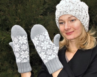 Knit wool mittens winter mittens Double mittens knitted mitts handmade mitts Nordic snowflakes warm grey mittens womens mittens mens mittens