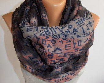 Korean Letters on Pink-Grey Infinity Scarf- Korean Typography Scarf- Hangul- Hanji- Korean Letters