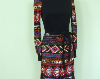 70s dress / ethno print / special offer / size S / vintage / long sleeves