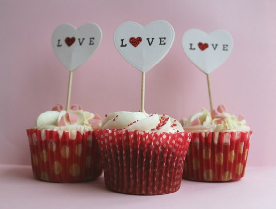 Cupcake toppers love heart shaped cake decorations for for Heart shaped decorations home