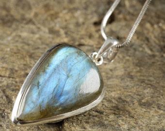 4cm Blue LABRADORITE Pendant - Sterling Silver, Labradorite Stone, Labradorite Necklace, Labradorite Cabochon, Labradorite Jewelry J564