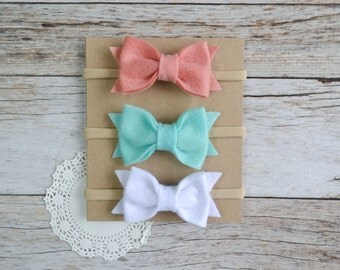Set of 3 Felt Bow Nylon headbands, baby nylon headband, newborn headband, baby hair bow, baby shower gift set, nylon headband set