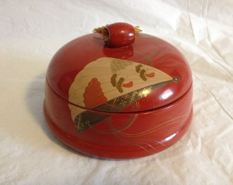 Japanese Red Lacquer Round Box Fan and Bird Motif with Tassel