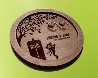 Doctor Who Wedding /  TARDIS wedding ring plates / ring plates /  wedding / wedding ring dish / ring holder Doctor Who wedding gift