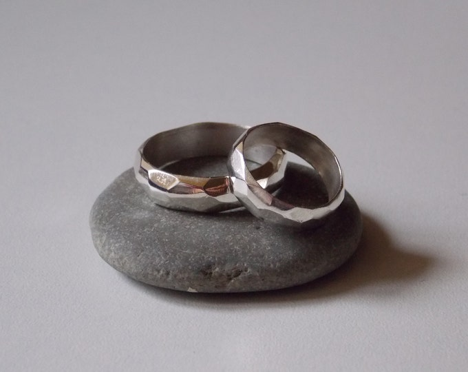Silver Wedding rings alliances man and  woman customizable.
