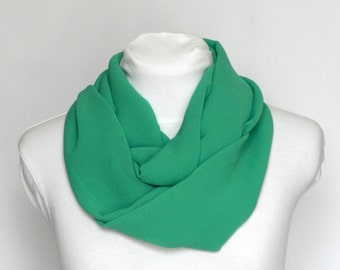 Circle Scarf / Lightweight Scarf / Best Friend Gift / Green Infinity Scarf Loop Scarf / Infinity Scarves Chiffon Scarf Women / Ladies Scarf