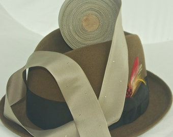 Vintage Hatband Ribbon, Old Stock With Cool Design (B)