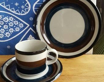 ARABIA Kaira Vintage Finnish Design Anja Jaatinen-Winqvist One Cup Saucer Dessert Plate