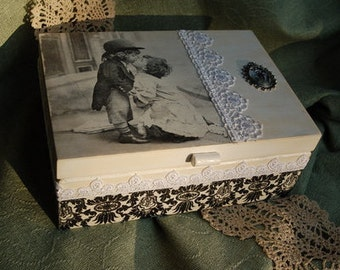 Wedding box - Personalized as well
