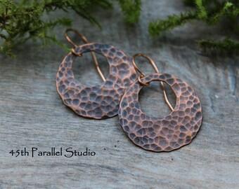 Hammered Copper Disc Earrings, Copper Earrings, Boho Earrings, Copper Jewelry, Forged Copper Earrings, Rustic Earrings, Patina Earrings