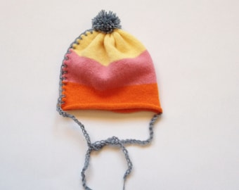 Baby knit hat with PomPoms