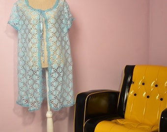 1970s nightwear lace style dressing gown  / housecoat /night robe /  lingerie / negligee / Blue lace style with ruffled collar