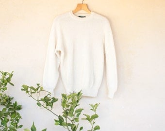 Vintage Norwegian Old River Cream Jumper - Size Medium