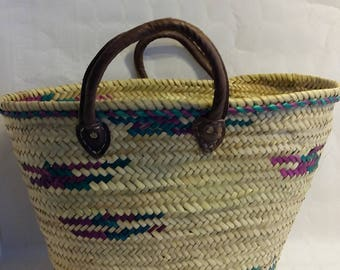 Basket - Basket of green souk with leather handle is hand - original