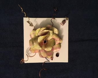 Light Green Modern Paper Flower
