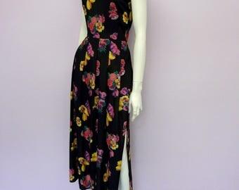 Vintage black midi length floral dress // flower print // Eur 42 / US 12 / UK 14