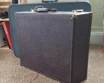 Vintage Leather Traveling Salesman Suitcase w/keys    Storage, Display Case