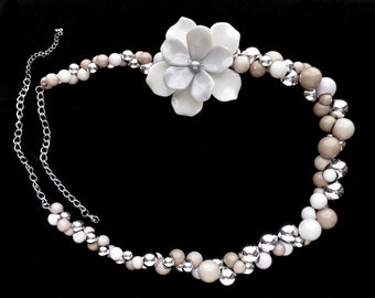 Gorgeous HUGE Flower Necklace