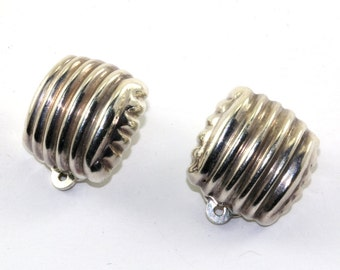 Vintage Bayanihan Designer Ribbed Puffed Clip On Earrings Sterling Silver ER 857