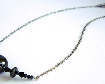 MatifDesign handmade stainless steel necklace with swarovski crystal and hematite
