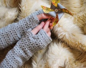 Gray Fingerless Mittens / Crochet Wrist Warmers / Wool Gloves Without Fingers / Crochet Hand Warmers / Winter Accessory Gift / Gift For Her