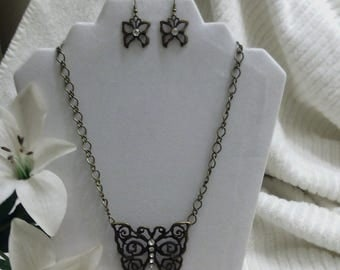 Metal Butterfly Necklace Set