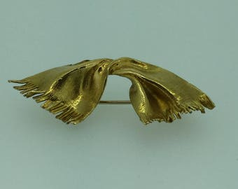 18kt Yellow Gold Hand Crafted Scarf Pin