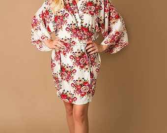 Bridesmaid Robes White Floral Robe Monogrammed Floral Robes Bride Robe Bridal Robe Bridesmaids Robes Monogrammed Robes Wedding Party Robes