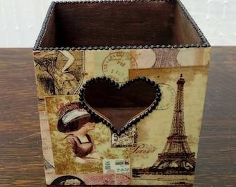 Wooden pen pot vintage home office storage pencils brushes heart cut out pink yellow dark oak black rhinestones Paris