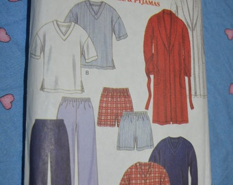 New Look 6816 Mens Robe and Pajama Pants Top and Shorts - UNCUT - Size S - XXL