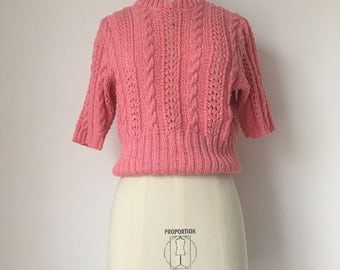 Cute Genuine 1950s Vintage Pink Cropped Pull-Over Sweater